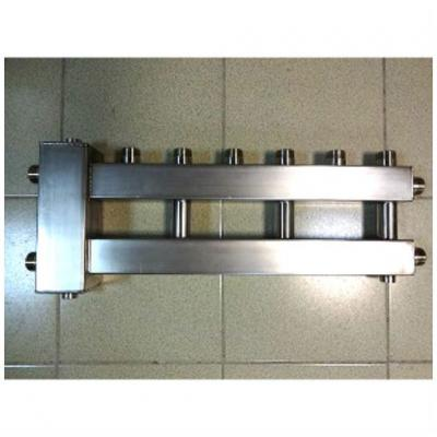 Гидрострелка с коллектором на 4 контура из нержавеющей стали (3 вверх, 1 боковой), вход 1 1/4