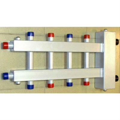 Гидрострелка с коллектором на 5 контуров (2 вниз, 2 вверх, 1 боковой), вход 1 1/4, выходы 1