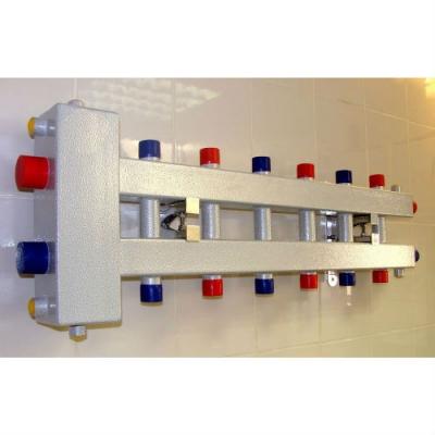 Гидрострелка с коллектором на 7 контуров (3 вниз, 3 вверх, 1 боковой), вход 1 1/4, выходы 1